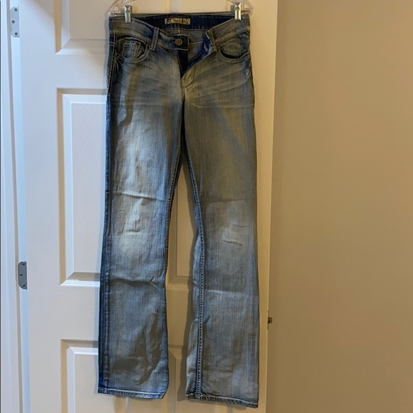 Barely worn BKE Jeans